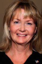 Lynne Skelton